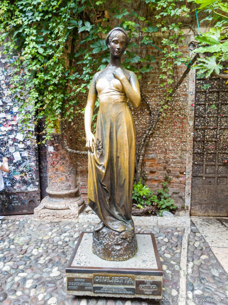 Statue of Juliet in Verona