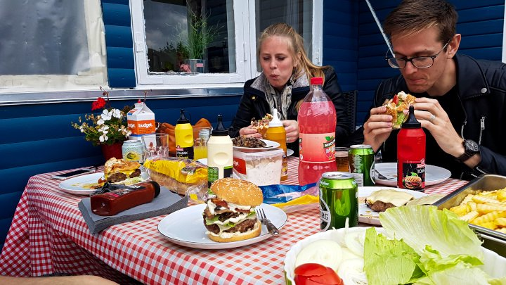 Burgers with Friends