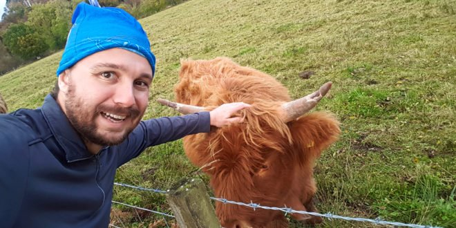Selfie with Hairy Coo (Day Trip Edinburgh)