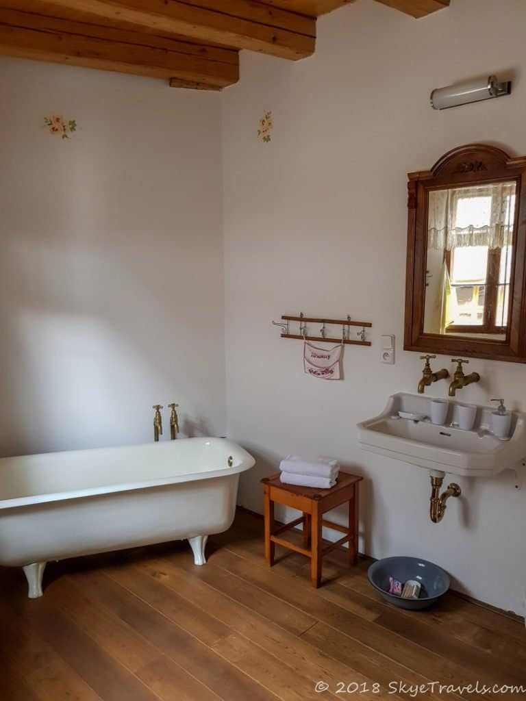 Wesselsky Watermill Accommodation Bathroom