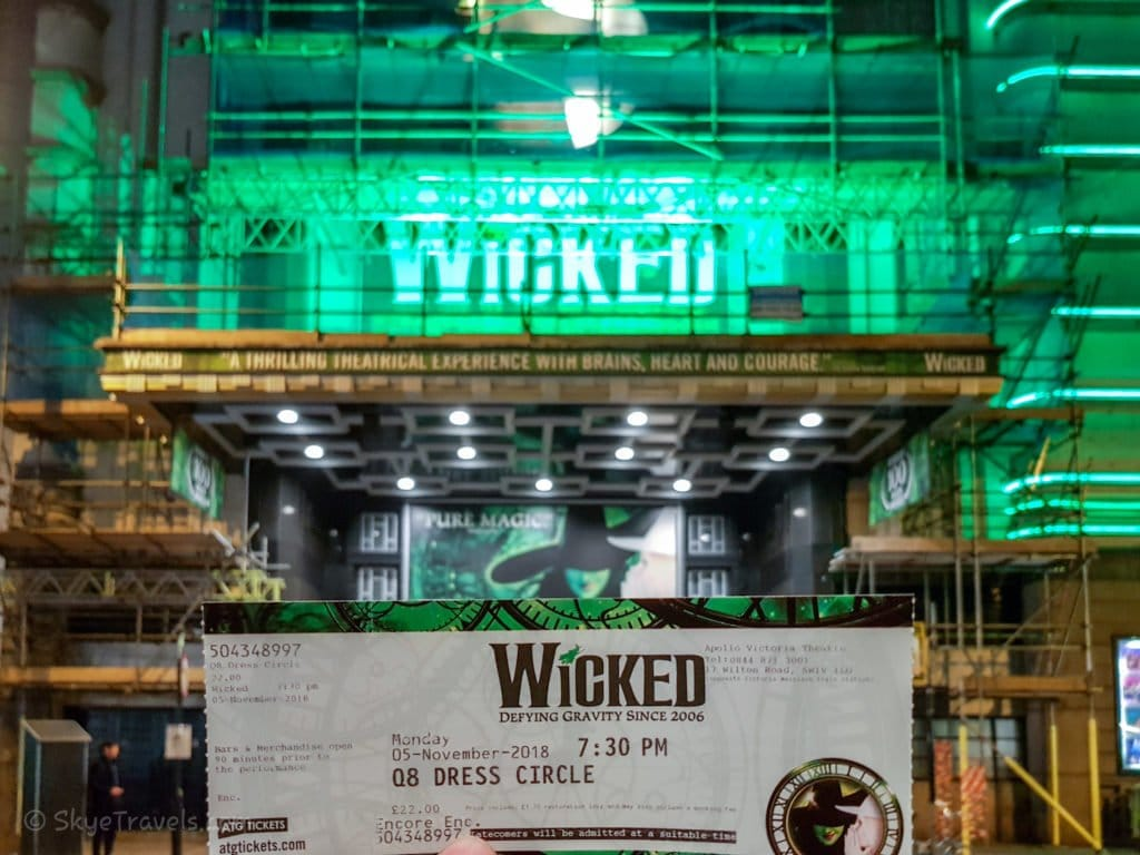 Apollo Theater Playing Wicked in London's West End