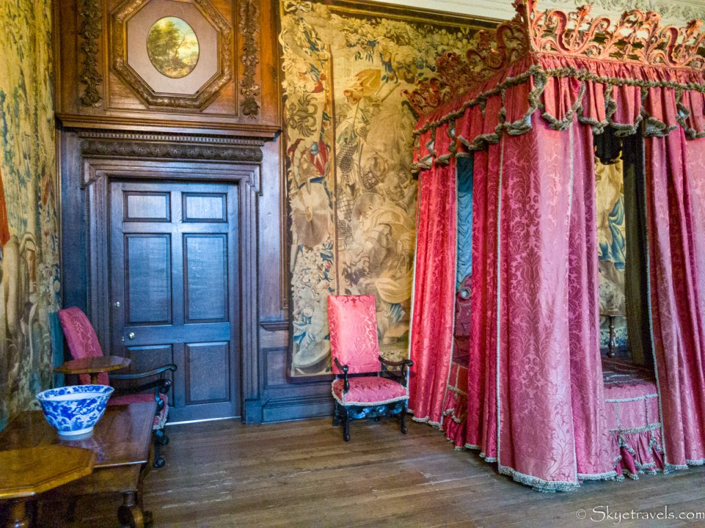 Holyrood Palace King's Bedchamber
