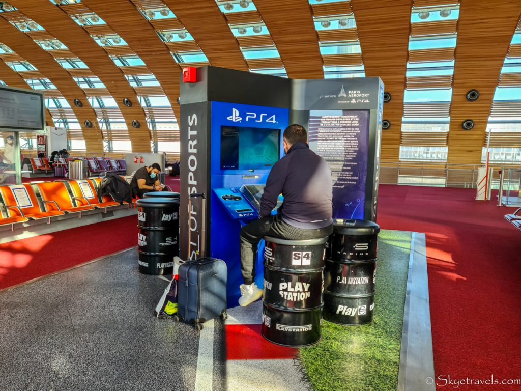 CDG Terminal 2E Playstations